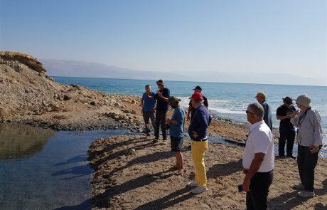 שייט לאורך חופי ים המלח