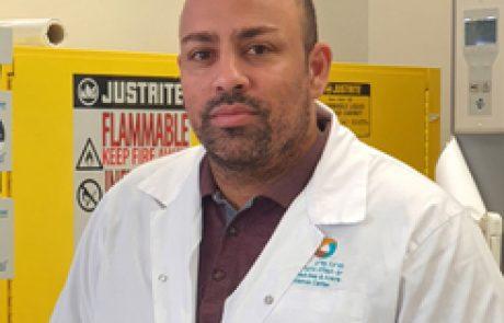 """ד""""ר גיא כהן<BR><BR><BR><h4>ביולוגיה</h4>"""
