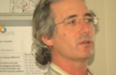 """ד""""ר אלי גרונר<BR><BR><h4>מנהל מדעי</h4>"""