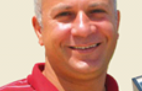 """ד""""ר טארק אבו חאמד <BR><BR><BR><h4>אנרגיה מתחדשת</h4>"""