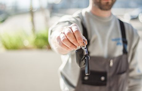 המכונית שמפיקה דלק בעצמה – ולא מזהמת